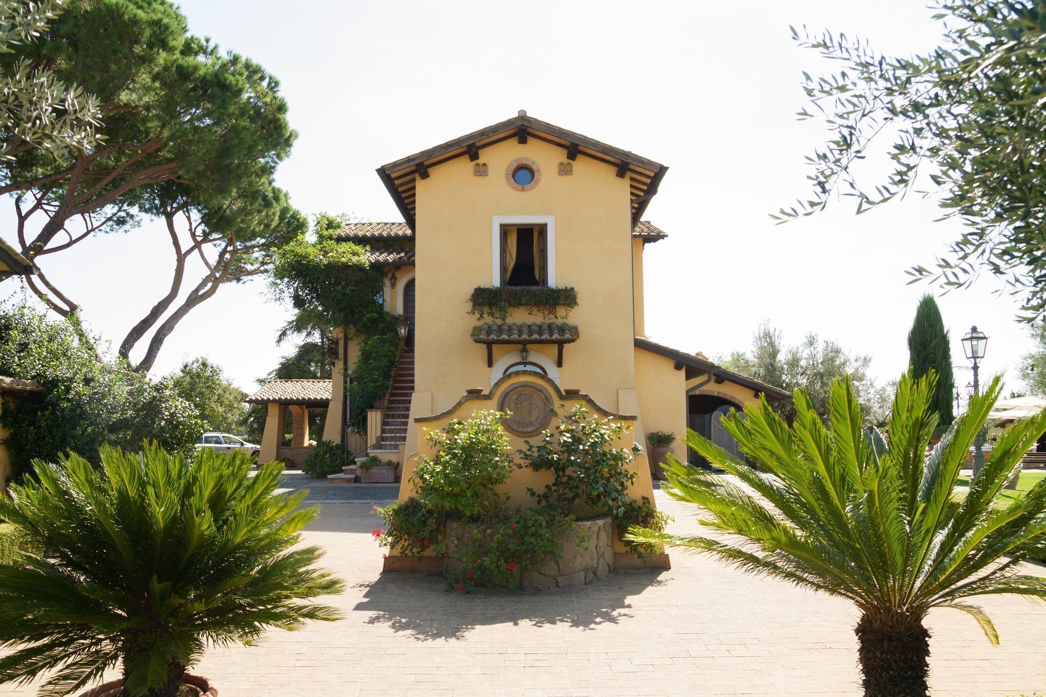 Matrimonio al Casale Antica Cassia: Facciata esterna