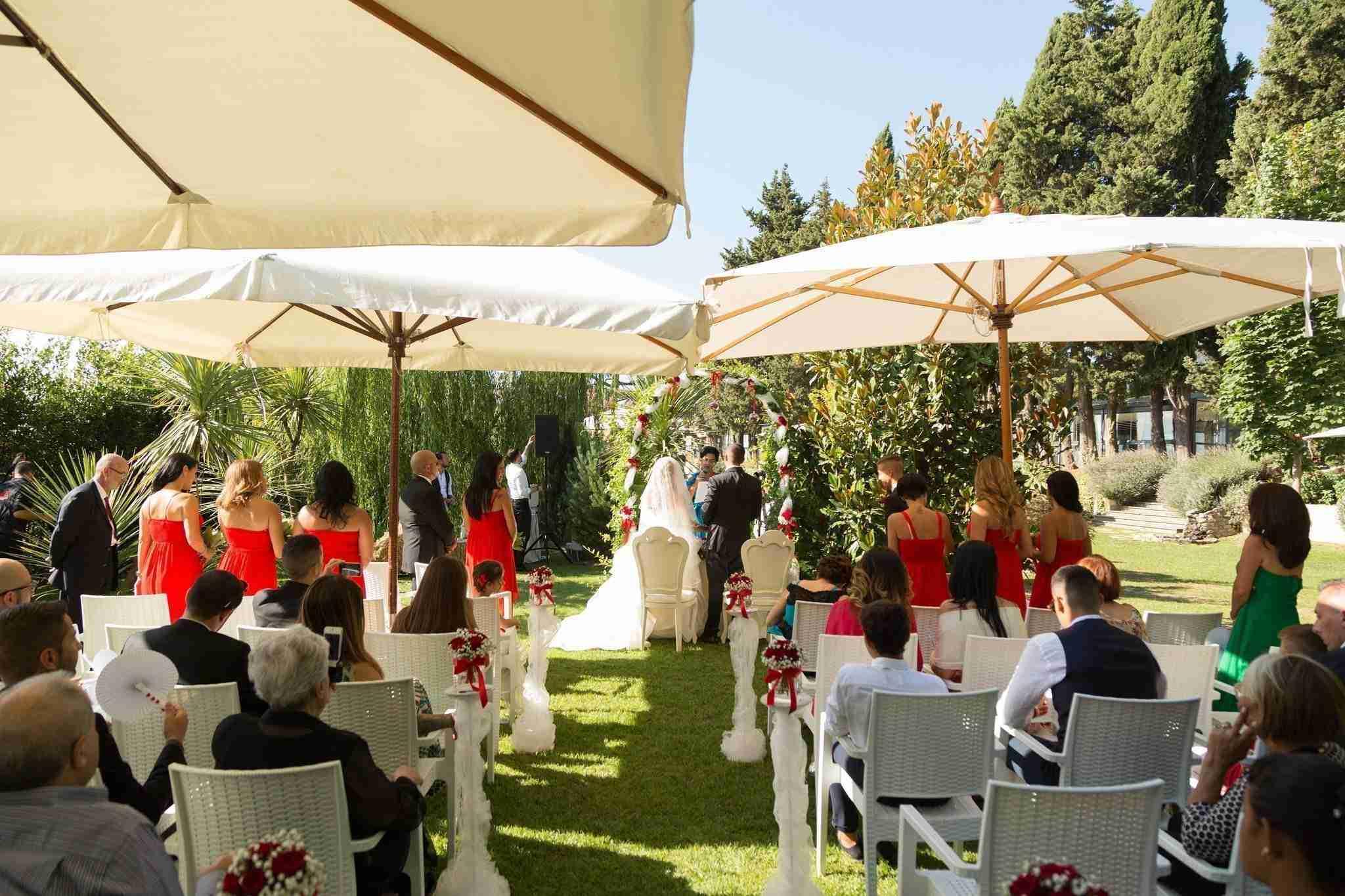 Matrimonio al Casale Baldetti: Giardino Esterno, ricevimento