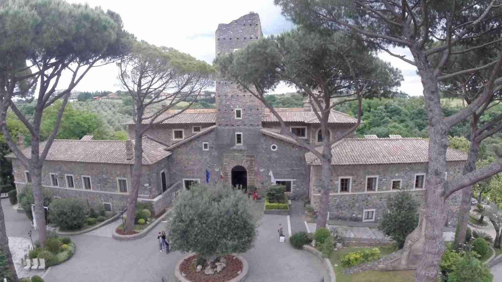Matrimonio al Castello della Castelluccia: Esterno dall'alto