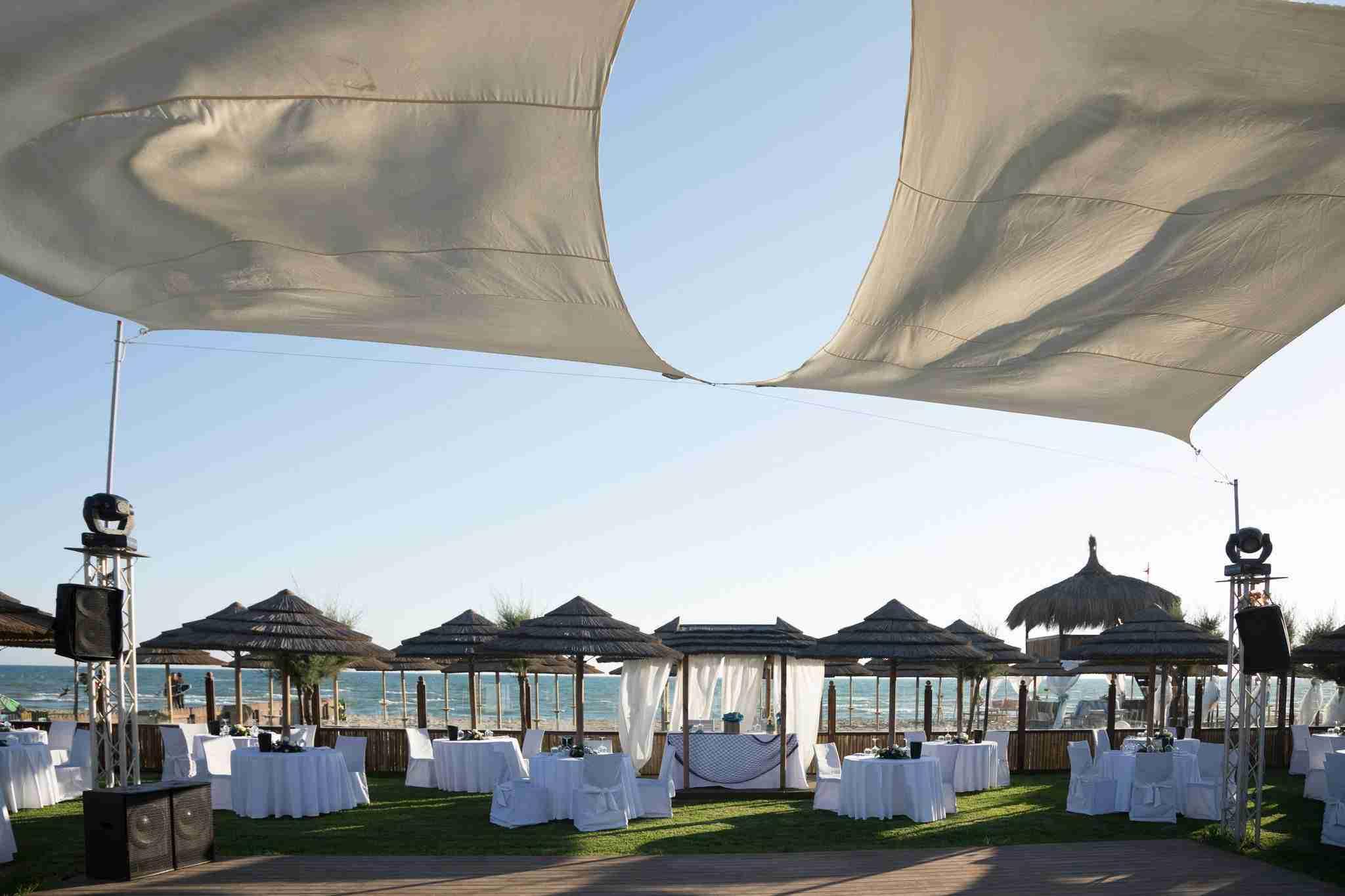 Matrimonio al Mare al Naut in Club: Ricevimento sulla spiaggia