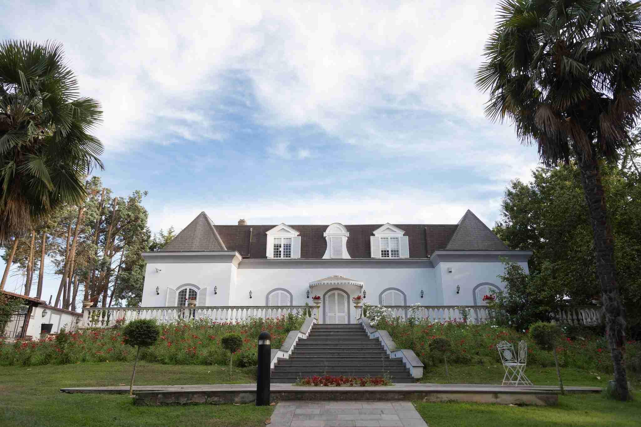 Matrimonio a Villa York: Esterni