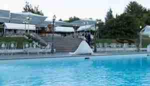 Matrimonio a Villa York: Giardino, piscina